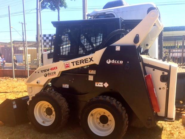 Suspeitos negociavam venda de equipamento de R$ 150 mil, em Goiás (Foto: Murillo Velasco/G1)