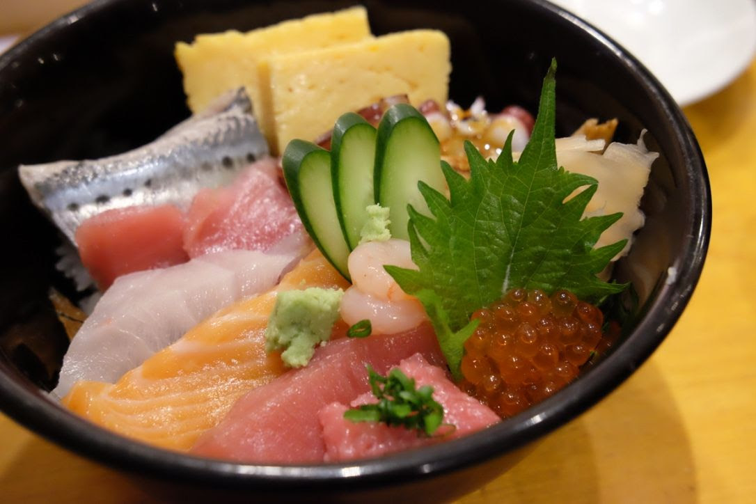 photo Sushi Zanmai Tsukiji Tokyo 2.jpg