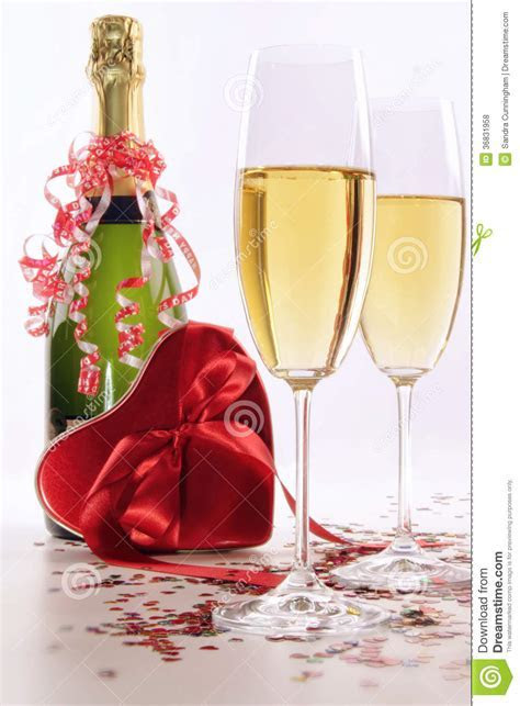 Glasses Of Champagne For Valentines Day With Heart Royalty