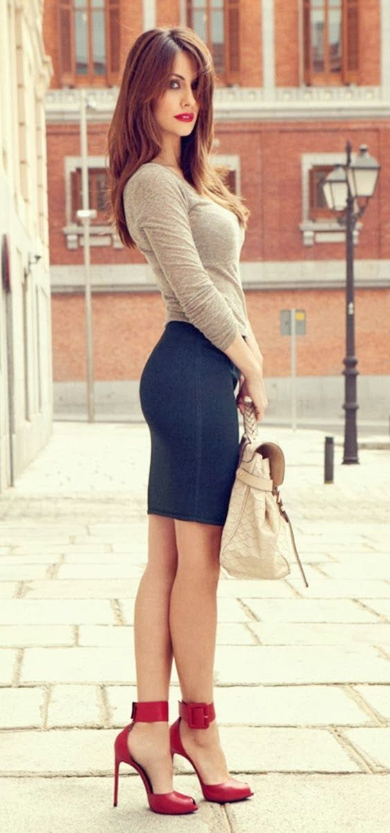 Gorgeous royal blue mini skirt with grey shirt and red high heels