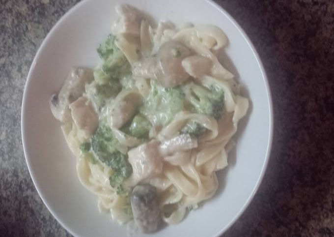 How to Make Super Quick Homemade Loaded chicken Alfredo