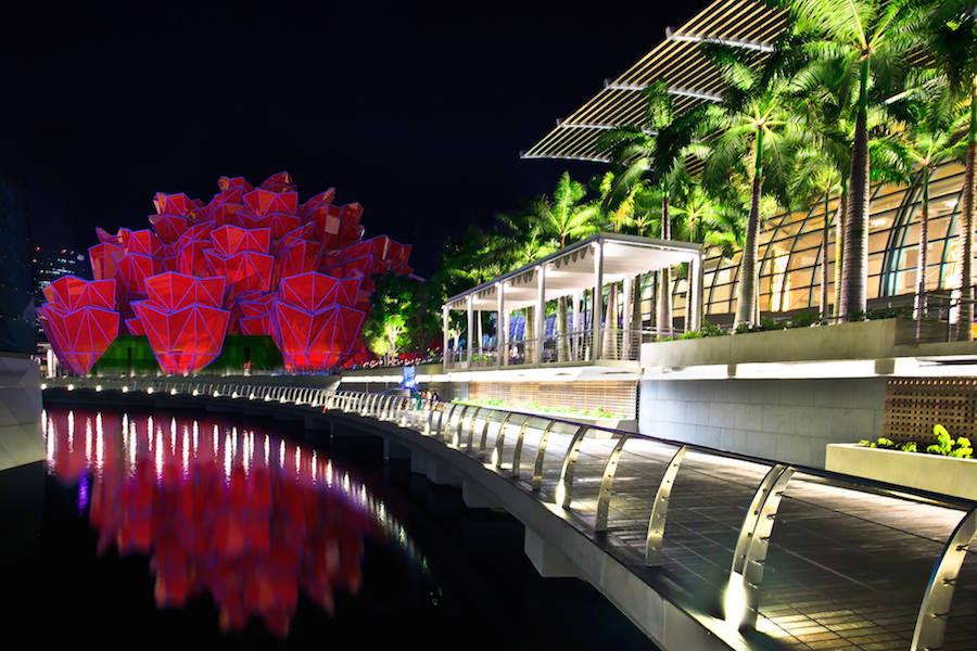 Mazzo Di Fiori Gigantesco.Roses Pavilion Un Mazzo Di Rose Colorate Di Vasily Klyukin