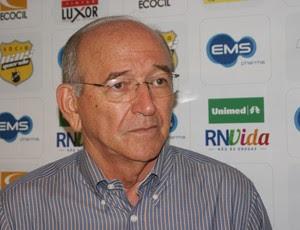 Ferdinando Teixeira, superintendente de futebol do ABC (Foto: Augusto Gomes)
