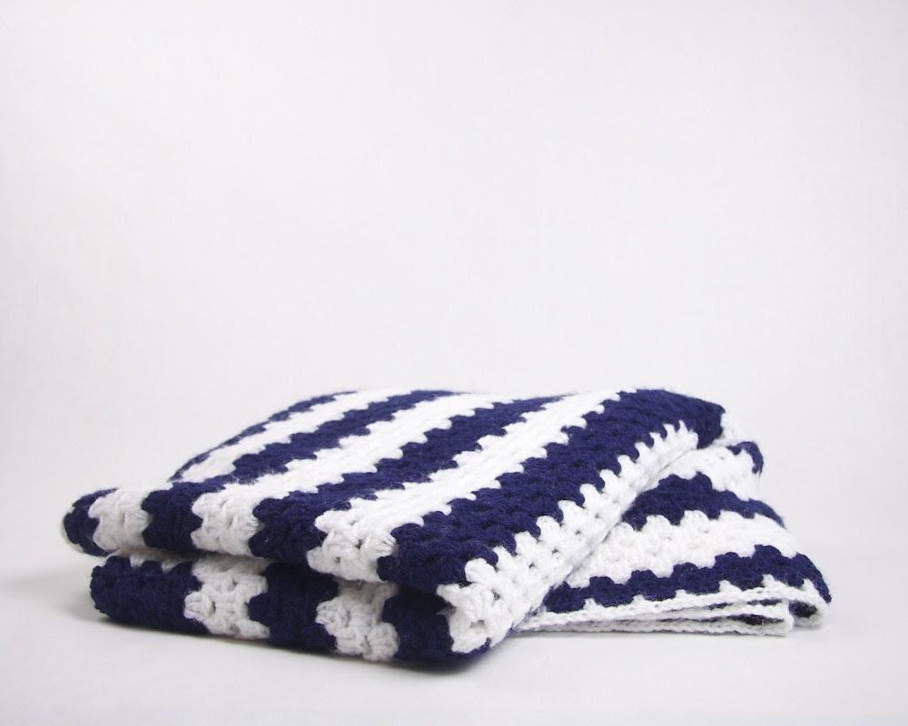 Vintage Crochet Blanket / Rug Navy and White