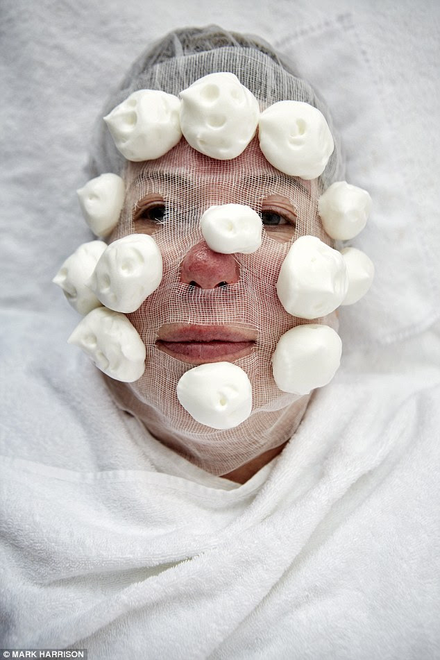 Jan has a collagen rejuvenation facial, involving a skin peel and collagen mask, followed soothing cream
