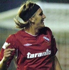 Nicolás Frutos, ex jugador de San Lorenzo, tuvo su noche soñada en el Nuevo Gasómetro: hizo dos goles para Independiente y los celebró con ganas