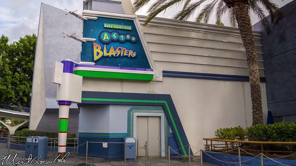 Disneyland Resort, Disneyland, Tomorrowland, Buzz, Lightyear, Astro, Blasters, Facade, Repainted, Paint, Repaint, Refurbishment, Refurbish, Refurb, Color, Scheme