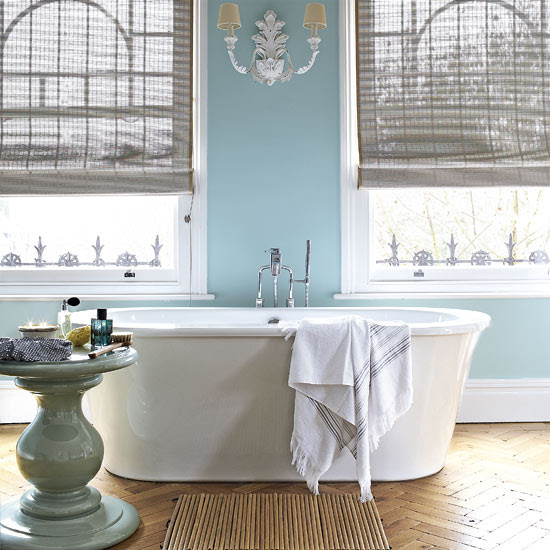 Serene Blue Bathrooms: Ideas & Inspiration