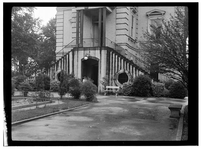 - Courthouse (Entrance), Bennettsville, Marlboro County, SC