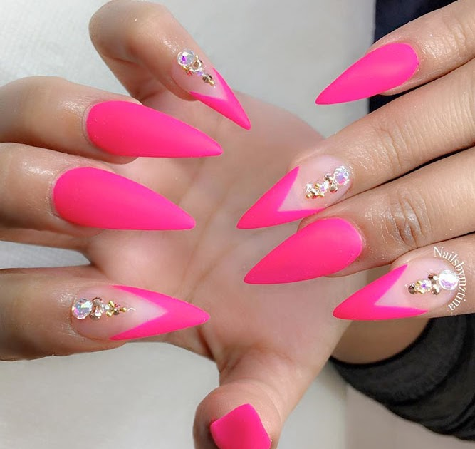 17 Chic Ombre Nails Ideas That Stand Out - Styleoholic