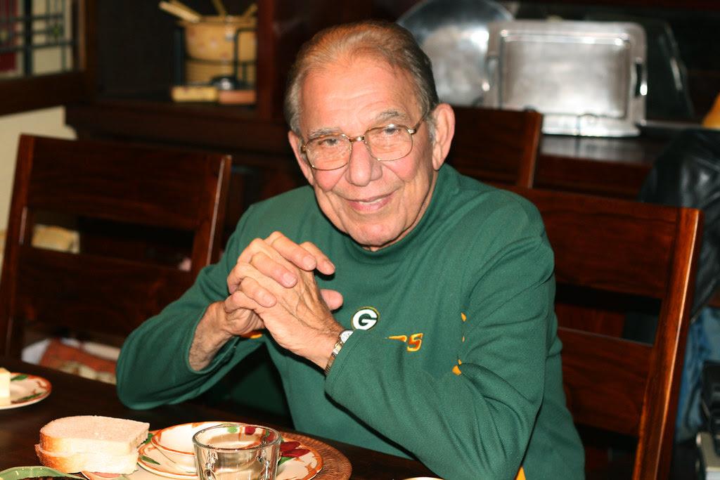 dad-thanksgiving 2009