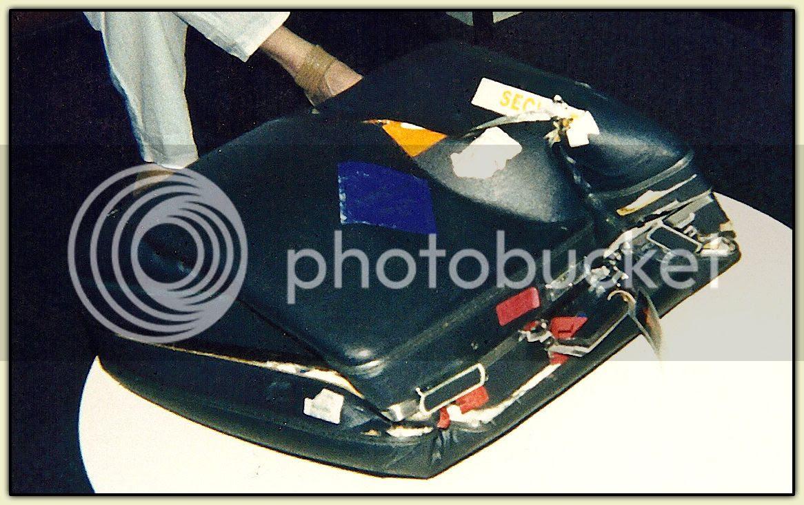 Squishcase: flattened American Tourister bag