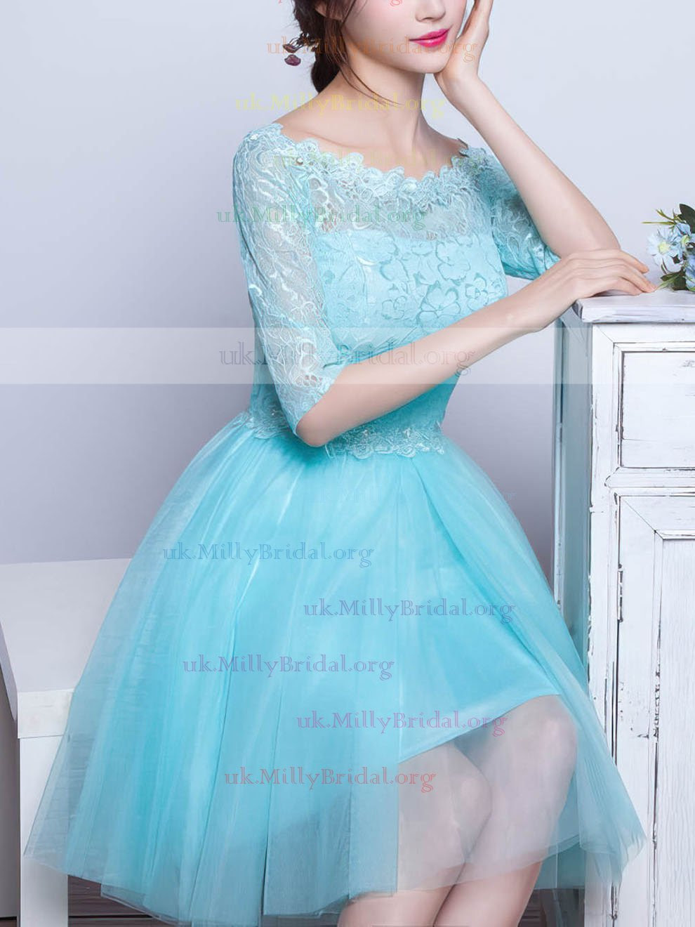http://uk.millybridal.org/product/pretty-a-line-scoop-neck-lace-tulle-with-beading-short-mini-1-2-sleeve-prom-dresses-ukm020102871-18269.html?utm_source=minipost&utm_medium=1023&utm_campaign=blog