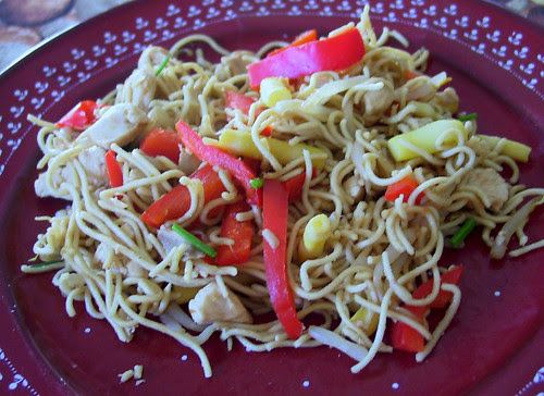Noodles with bamboo and vegetables