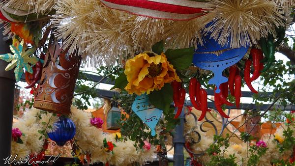 Disneyland Resort, Disneyland, Rancho Del Zocalo, Christmas, Christmas Time