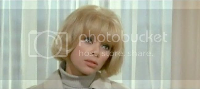 photo mireille_darc_blonde_pekin-7.jpg