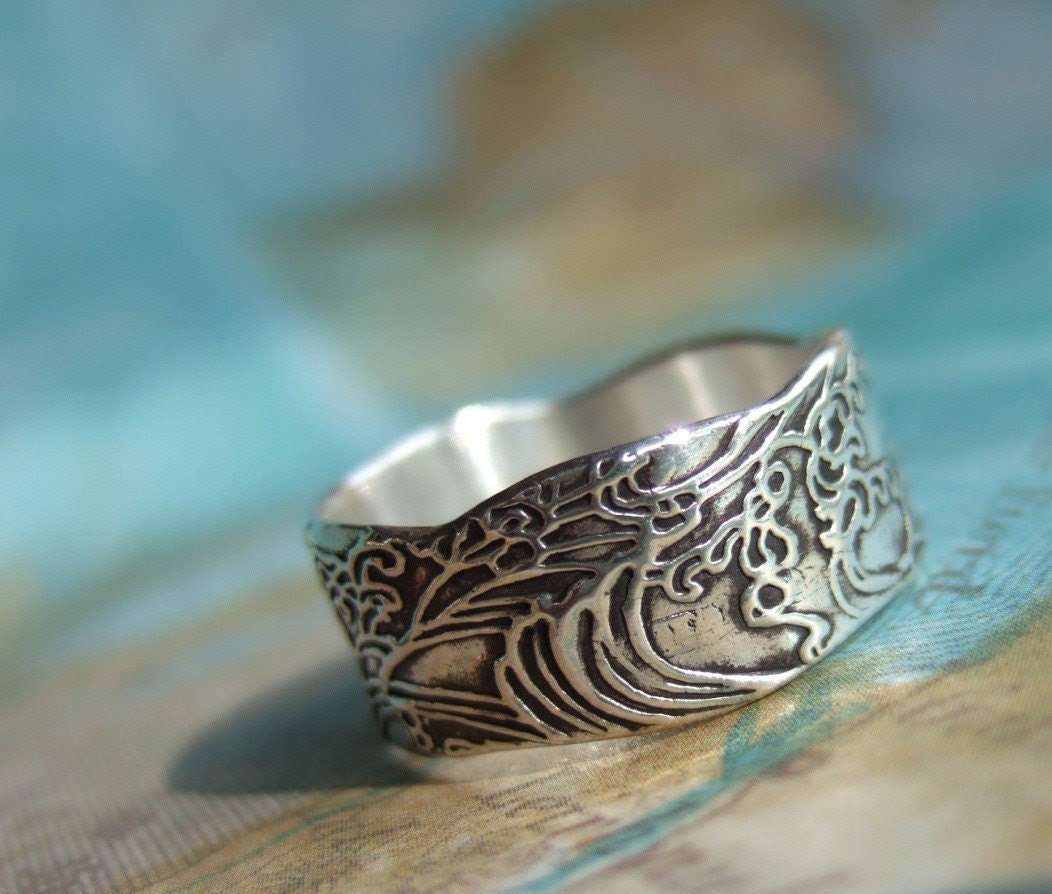 Serenity Ring, in Eco Friendly Reclaimed Fine Silver, Custom Size