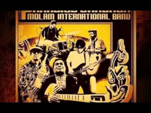 The Paradise Bangkok Molam International Band - Kwang Noi Chaolay http://dlvr.it/PLXQFM