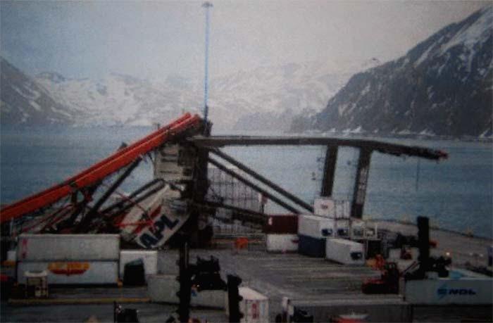 APL Container Crane