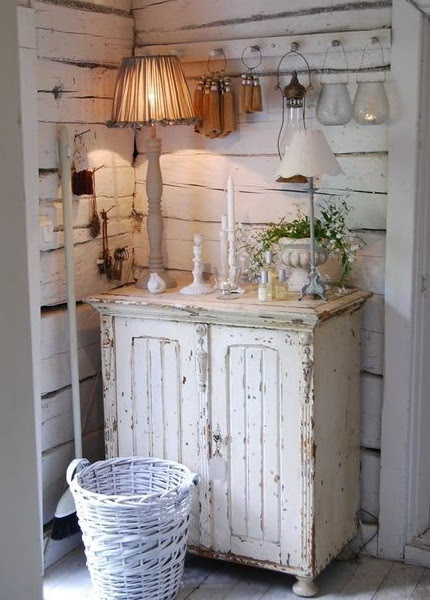 Shabby Chic Decorating Ideas | Shelterness