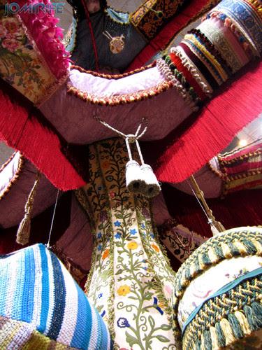 Joana Vasconcelos - Royal Valkyrie 2012 (3) aka Forma gigante de lã [EN] Royal Valkyrie - Giant form with wool