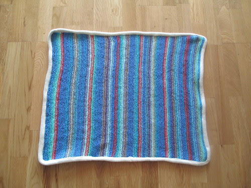 Knit stitch blanket