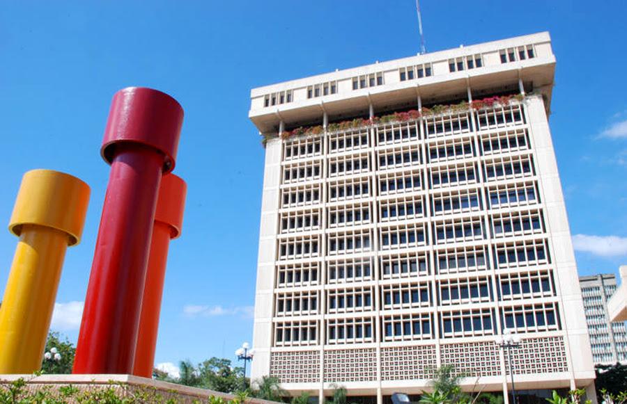 Banco Central espera tribunal de RDratifique condena a empresa francesa