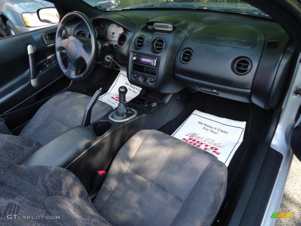 Mitsubishi Motor  2002 Mitsubishi Eclipse Spyder Interior