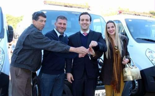 Palmital - Município recebe nova ambulância
