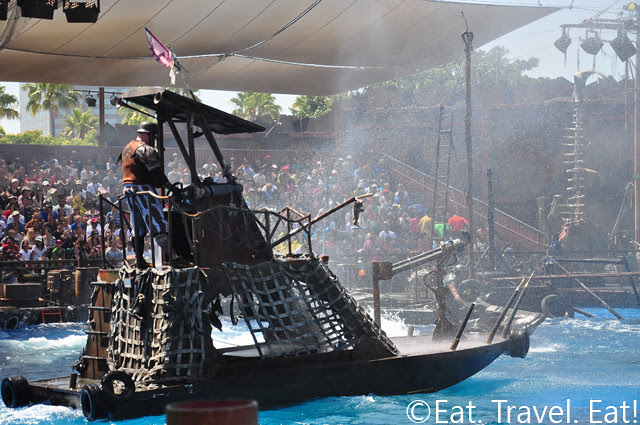 23  Waterworld Ship