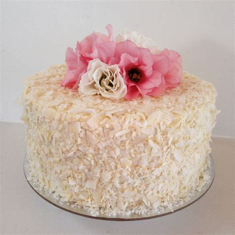 Wedding Cakes, Birthday Cakes & Chocolates North Shore