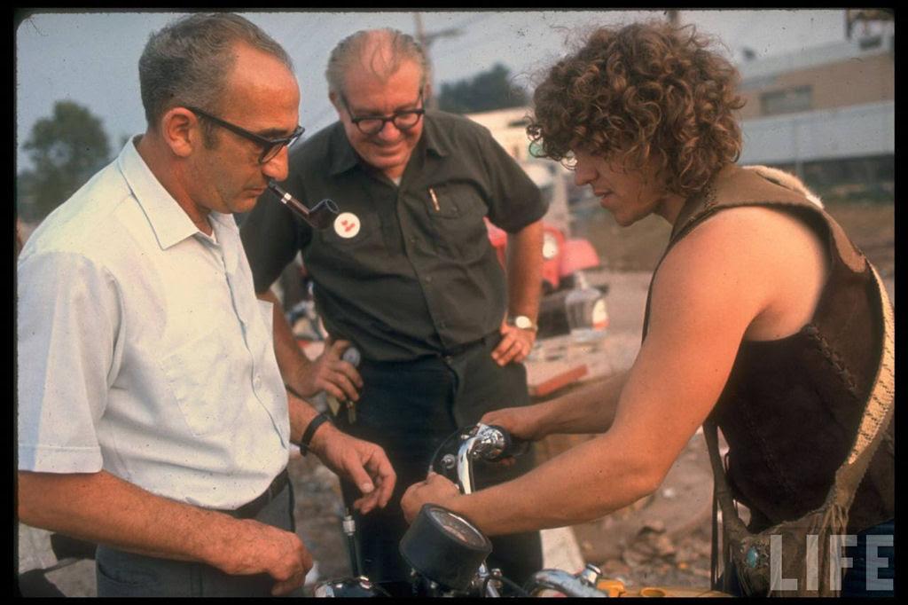 O festival de Woodstock em números e imagens 36