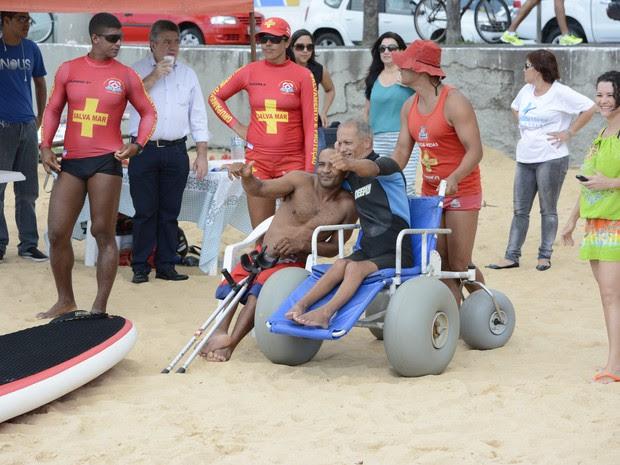 Competidores realizaram percurso de 1,5 km em mar de Vila Velha (Foto: Divulgação/ PMVV)