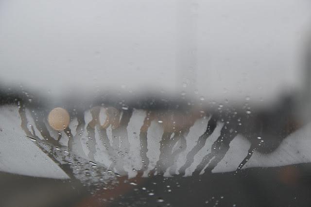 windshield condensation