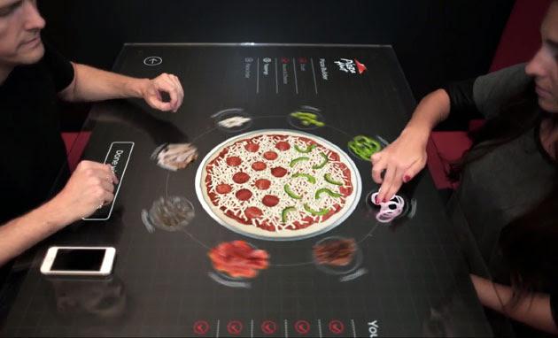 Pizza Hut muestra su prototipo de mesa interactiva para que configures la comida a tu gusto (¡en vídeo!)
