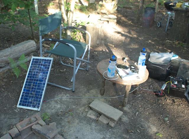 DSC_4355 solar wifi hotspot in the woods