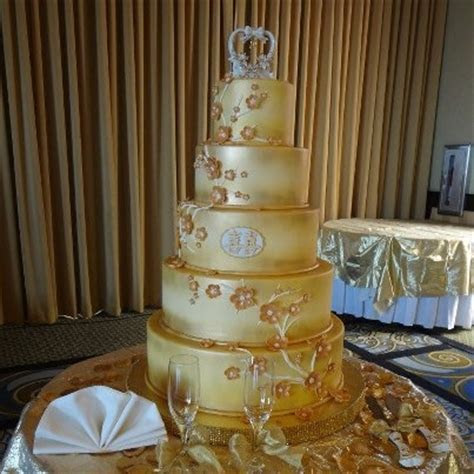 82 best images about Airbrushed cakes on Pinterest   50th