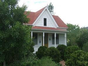 http://tumbleweedhouses.us5.list-manage1.com/track/click?u=72ee9daa08c9bab48831f7f16&id=9eb9728f5a&e=2b7e6b23fa