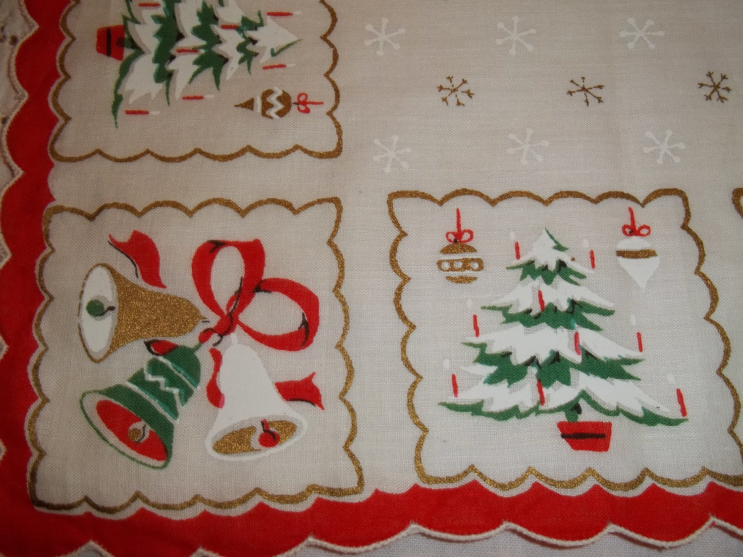 Vintage Christmas Handkerchief Hankie Hanky Mid Century Eames era Alternating Bells and Tree with Scallops and Snowflakes - Route66StLouis