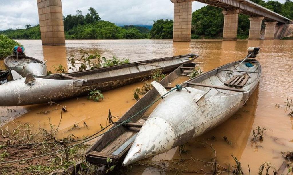 Bombas não detonadas encontram uso diário nas aldeias do Laos 01