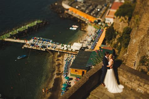 Award winning destination wedding photographer   ARJ