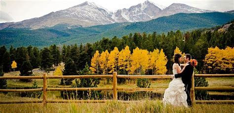 Estes Park Wedding . I THINK YES! In love with the idea