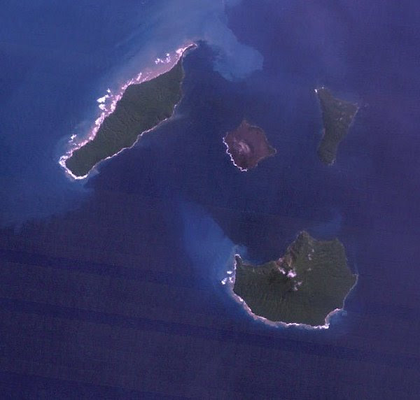 File:Landsat krakatau 18may92 cropped.jpg