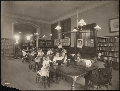 Children reading in the Brighton Branch