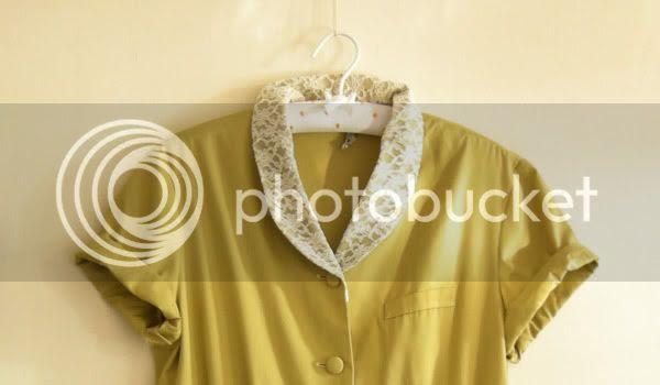 vtg green lace collar puff dress