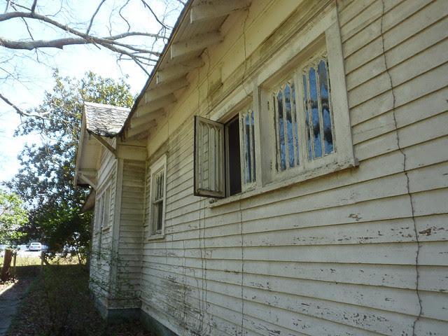 P1170786-2013-03-19--1148-North-Highland-Teardown-before-Unit-B-North-Wall-Bedfroom-bathroom-Ktichen-Back-windows