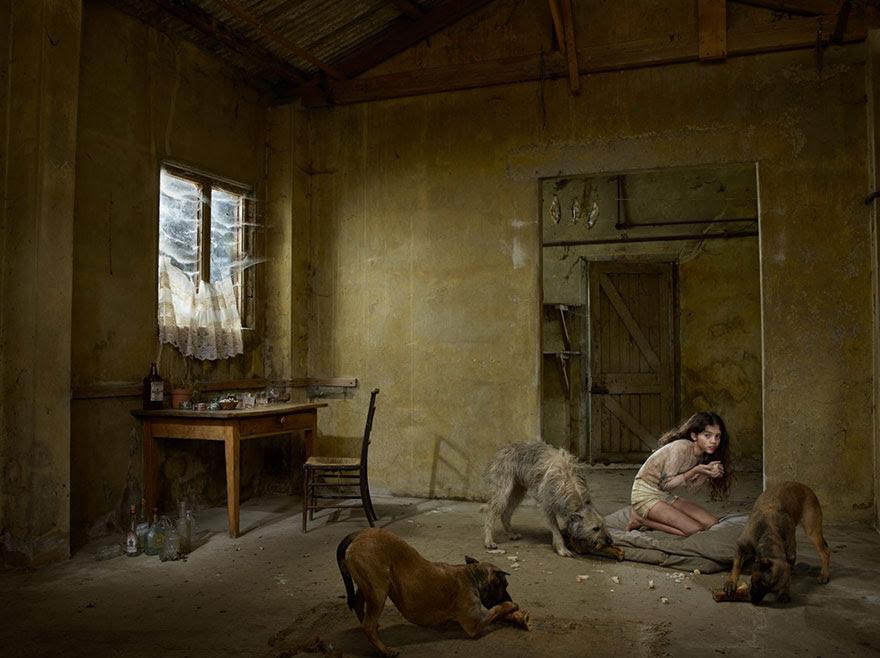 feral-children-wild-animals-photos-fullerton-batten-3