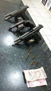 Duas pistolas P.40 e uma 38 estavam em posse dos policiais