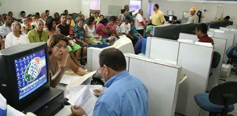 O fator previdenciário continua em vigor e a nova regra é uma opção / Foto: Arquivo/JC Imagem