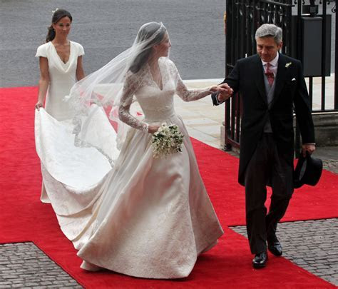Kate Middleton's Bridal Gown to go on Public Display